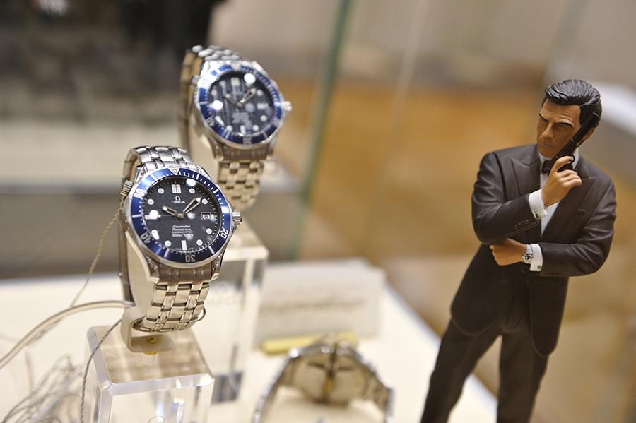 Швейцария. Часы Джеймса Бонда
