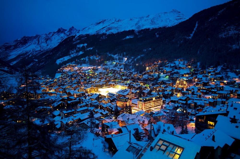 Альпы, вечер, горнолыжный курорт Гриндевальд