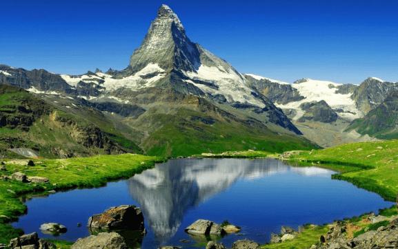 Гора Маттерхорн Фото летом